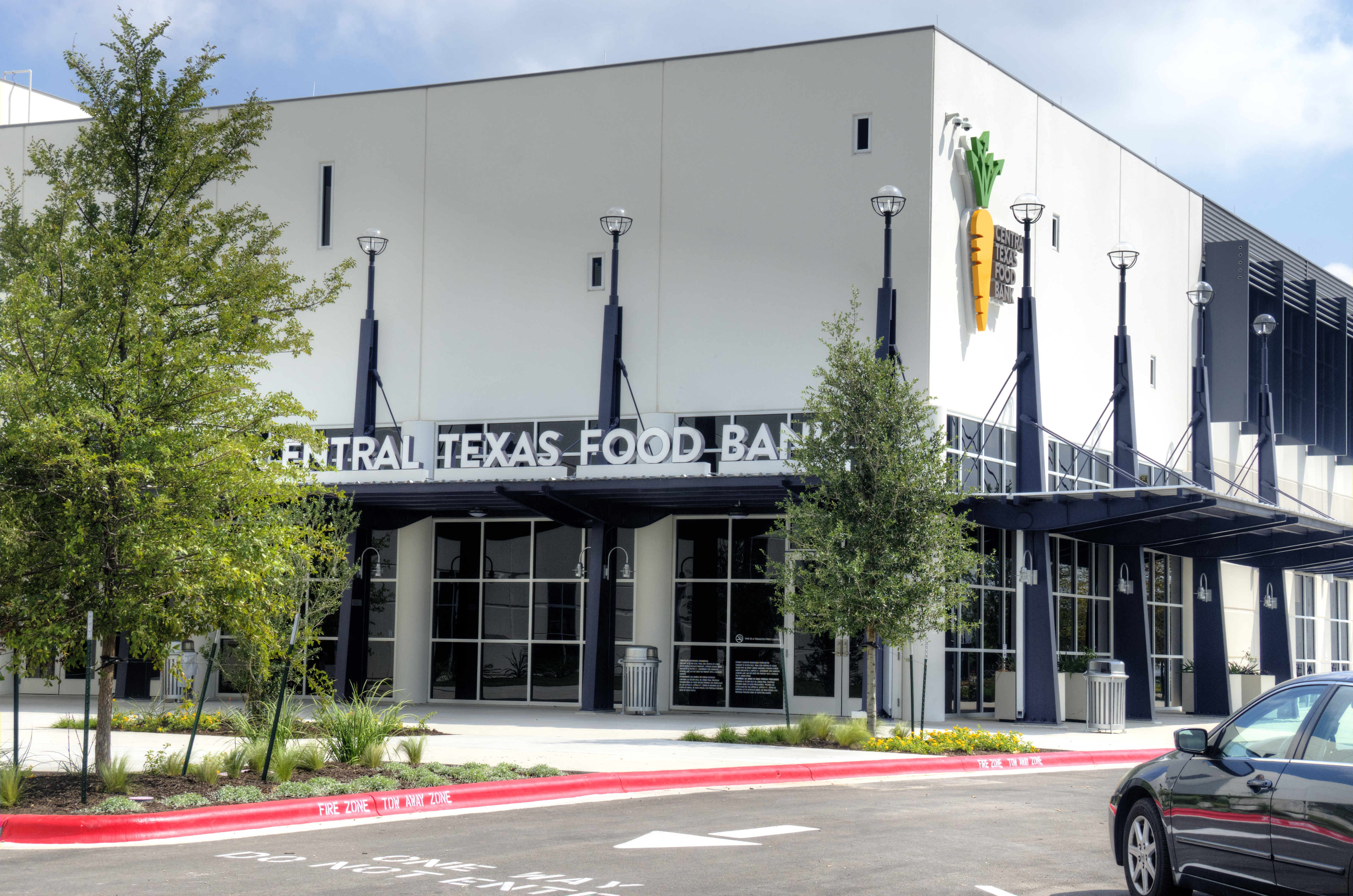 Exterior Image of Central Texas Food Bank Building