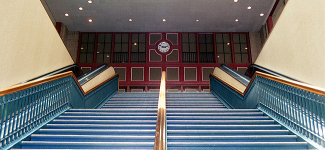 Union Station in Dallas, Stairs