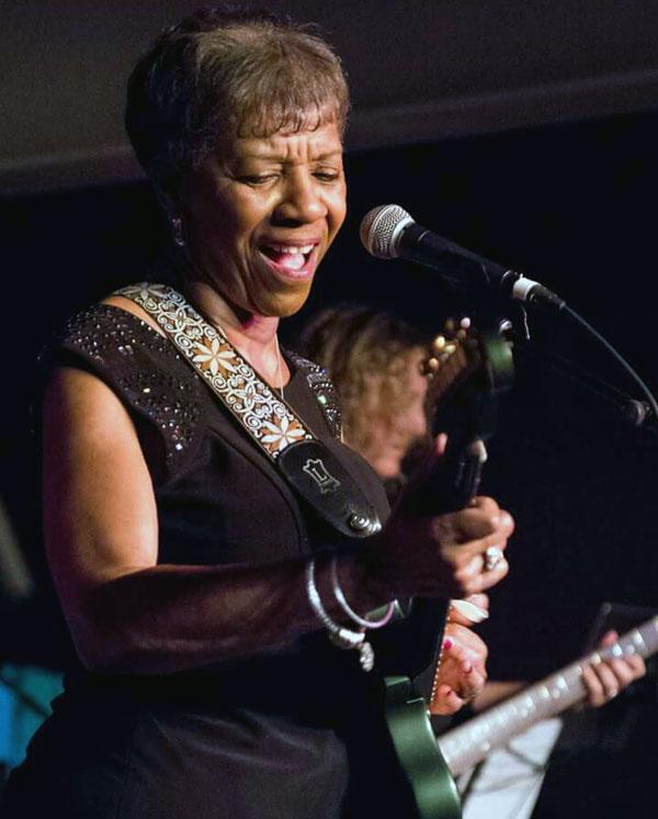 Barbara Lynn at Antone's
