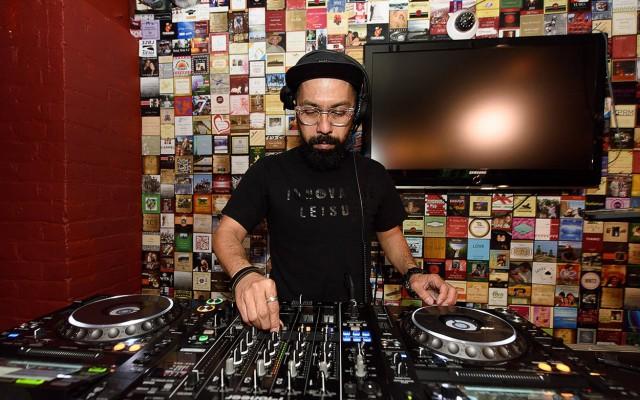 DJ Mel Livestreaming