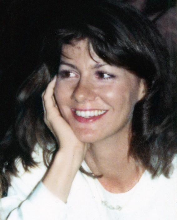 photo of Cindi Lazarri