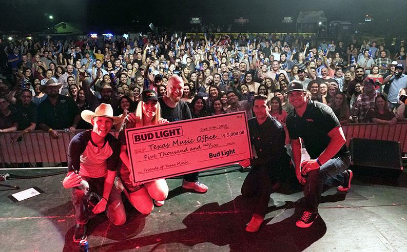 photo: Anheuser Busch donates $5,000 to TMO Grant Program