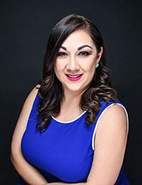 Headshot of Evelyn Cano