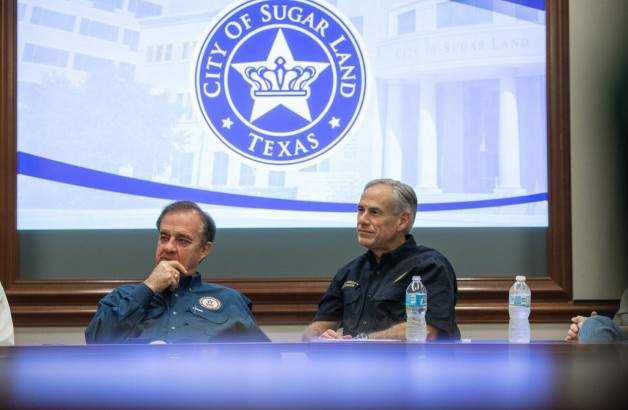 Commissioner Sharp and Gov Abbott meet with Sugar Land local officials to discuss recovery after Hurricane Harvey.