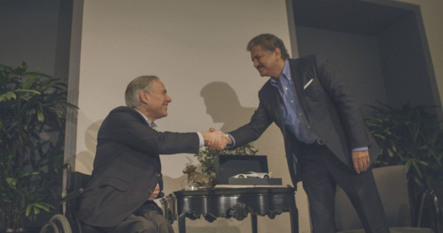 Governor Abbott Discusses Business Development At Mahindra And Mahindra Headquarters Image