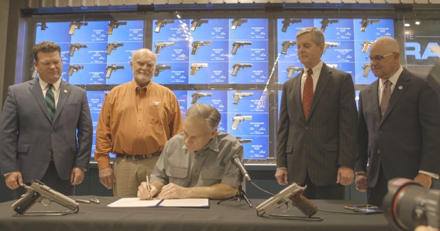 Governor Abbott signs law strengthening 2nd amendment rights