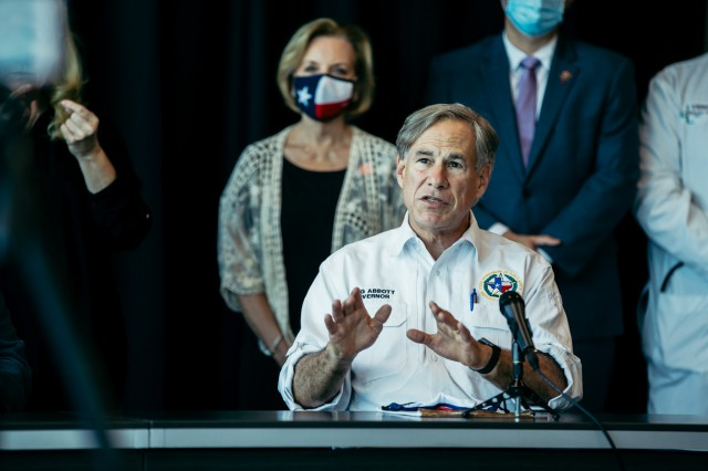 Governor Abbott Visits Victoria To Hold Briefing With Local Leaders