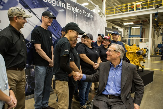 Governor Abbott Attends Caterpillar's 400,000th Engine Milestone Celebration Image