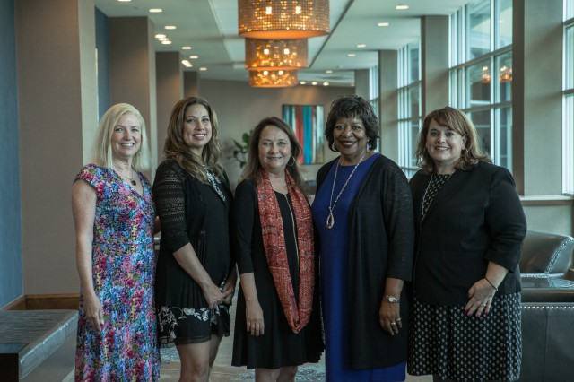 First Lady Cecilia Abbott Addresses Outstanding Women In Texas Government Award Ceremony Image