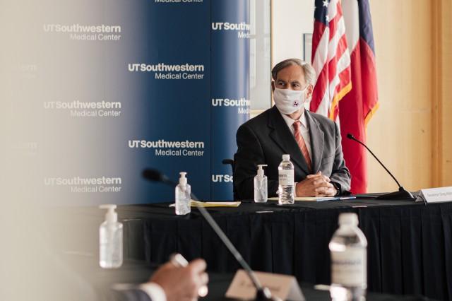 UT Southwestern Hospital Roundtable