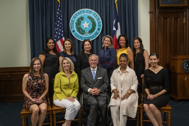 Governor Abbott, First Lady Cecilia Abbott and the Commission for Women.