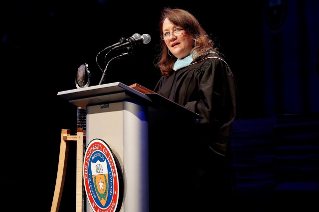 First Lady Cecilia Abbott Delivers Commencement Address At The University Of Texas At Arlington Image